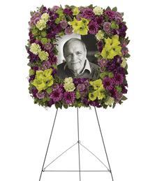 Highlights of Heaven Standing Wreath